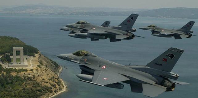 Hava Kuvvetlerinde ilk