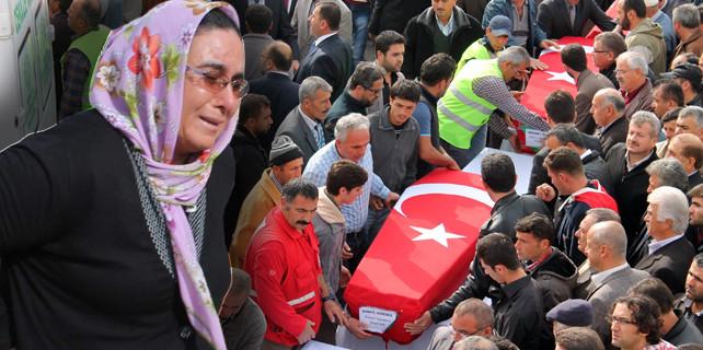 Kurtarma ekipleri gözyaşlarına boğuldu, 3 işçi…