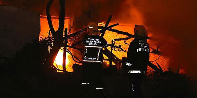 2 katlı bina yandı
