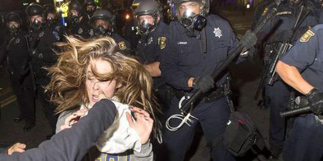 Amerikan Polisi Köpük Gazı Kullanıyor!