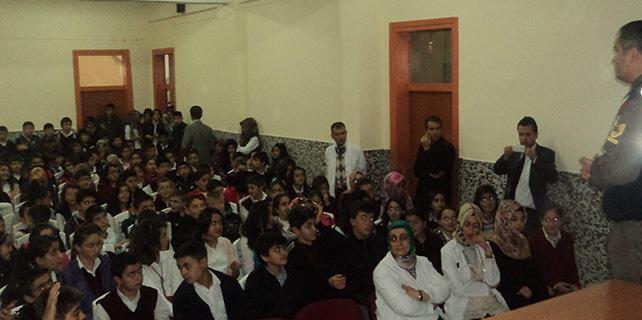 Beyşehir'de öğrencilere çocuk hakları semineri