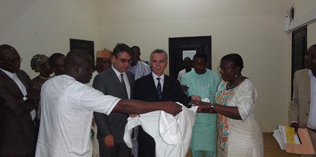Ebola virüsü ile mücadelede destek
