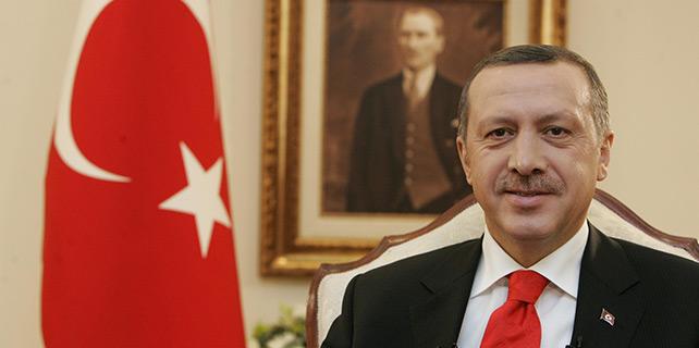 Erdoğan 2015 bütçesini onayladı