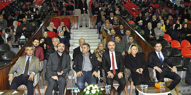 """Eskişehir'de """"Evlilik ve Aile"""" konferansı"""