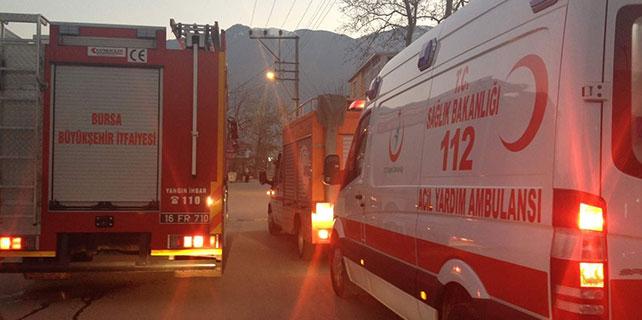 Esrarengiz koku 15 öğrenciyi hastanelik etti