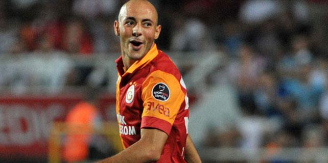 Galatasaray'a geri dönüyor.