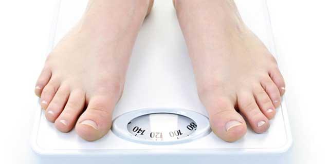 Her on çocuktan ikisi obez