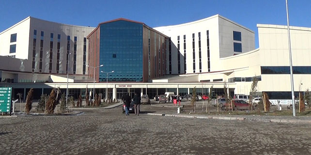 Kars'a 256 yataklı modern hastane