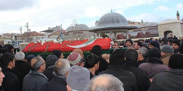 Konya'da çatıdan düşen kişi hayatını kaybetti