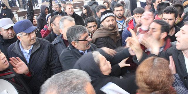 Konya'da gerginliği polis önledi