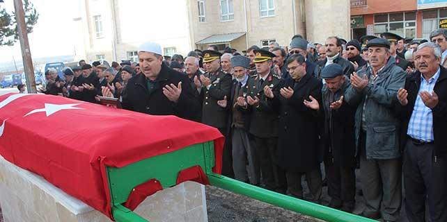 Konya'da Kore gazisi askeri törenle uğurlandı