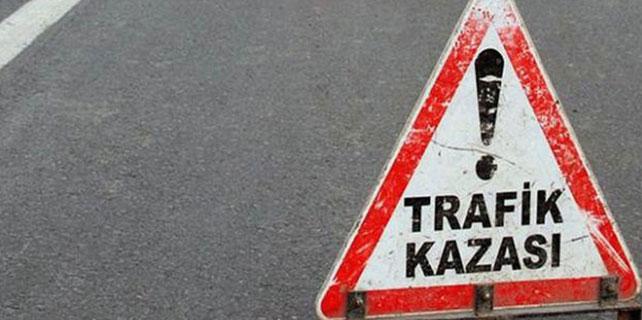 Karabük'te iki otomobil çarpıştı: 3 yaralı