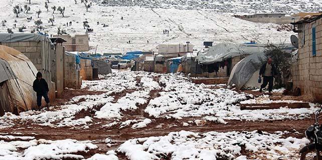 36 Suriyeli donarak öldü