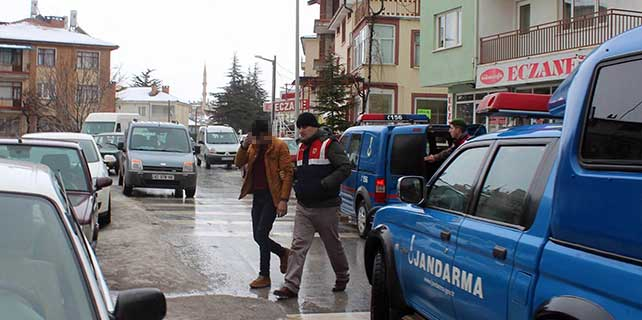 Beyşehir'de uyuşturucu operasyonu: 9 gözaltı