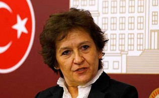 chp-izmir-milletvekili-birgul-ayman-guler-partisinden-istifa-etti