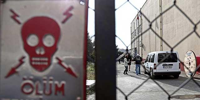 İstanbul'da trafo patlaması: 1 ölü 4 yaralı
