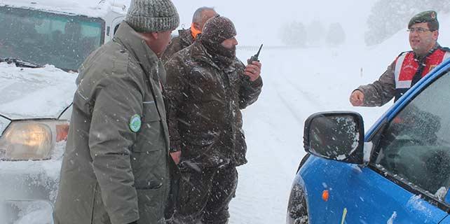 İsveçli avcıları Jandarma kurtardı