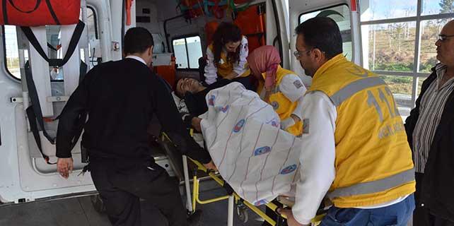 Karaman'da bir kişi bıçakla yaralandı