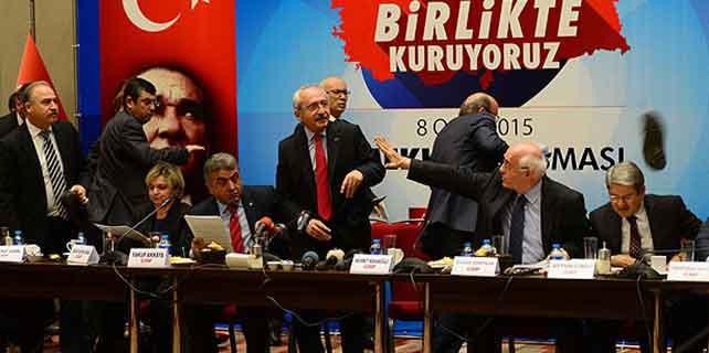 Kılıçdaroğlu'na ayakkabı fırlattı