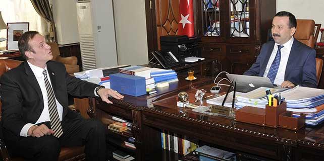 Konya'nın gururundan rektör Gökbel'e ziyaret