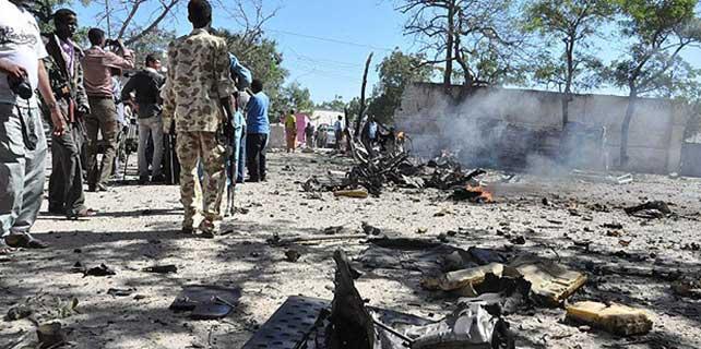 Mogadişu'da bomba yüklü araçla saldırı