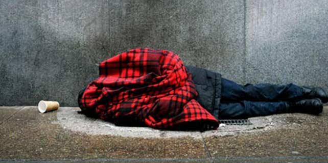 Odunpazarı Belediyesi'nden evsizlere yardım eli