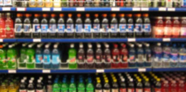 Şekerli ve gazlı içecekler, kız çocuklarında ergenliği öne çekebilir