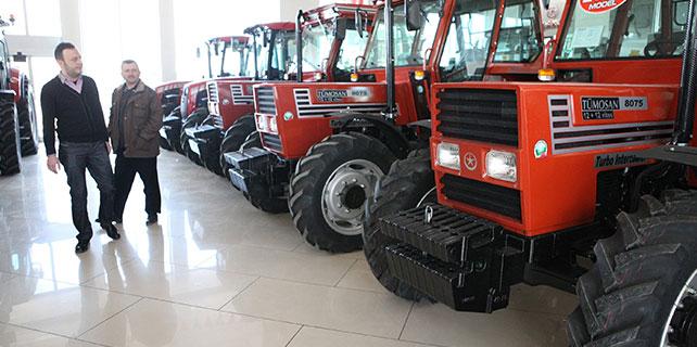 Yağışlar, ikinci el traktör pazarına da umut oldu