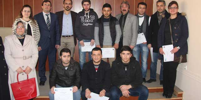 Yozgat'ta girişimcilik kursuna katılanlara belgeleri verildi