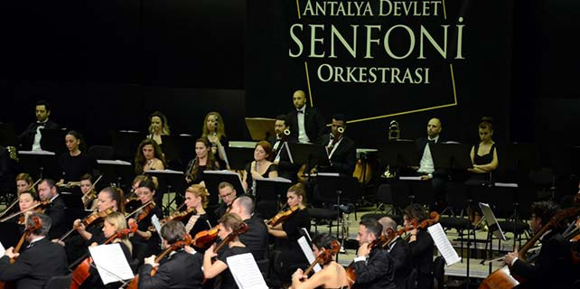 Antalya'da konser