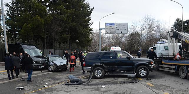 Başbakanlık Resmi Konutu önünde kaza