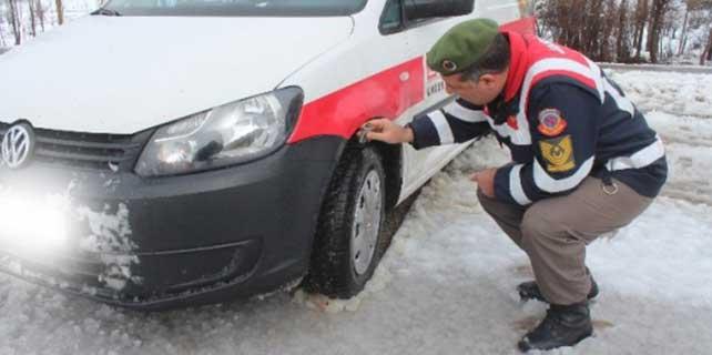 Beyşehir jandarmasından kış lastiği denetimi