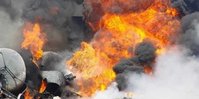 Camiye bombalı saldırı: 8 ölü