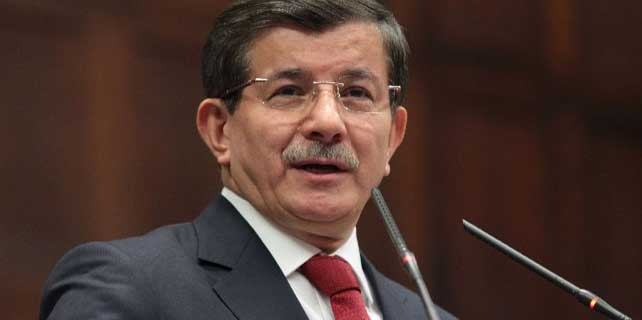 Davutoğlu'ndan Atilla Taş'a dava!