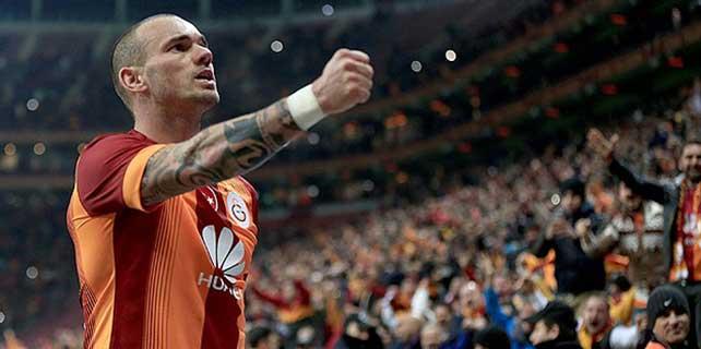 Galatasaray liderlik koltuğunu sevdi