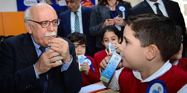 """İkinci yarıyıl """"okul sütü"""" ile başladı"""