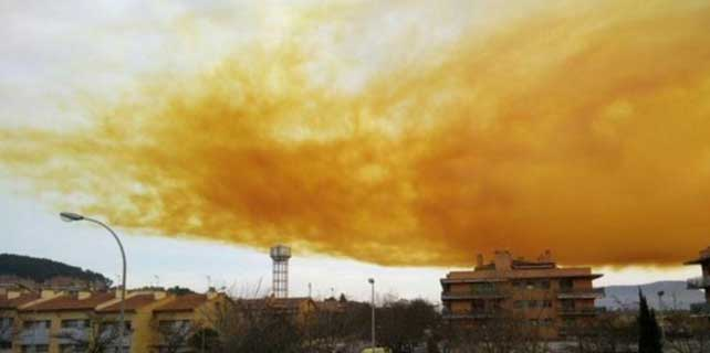 İspanya'da kimya fabrikasında patlama