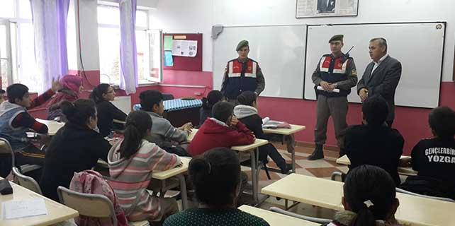 Jandarmadan köy okullarında uyuşturu eğitimi