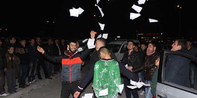 Karapınar'da askerlere uğurlama töreni