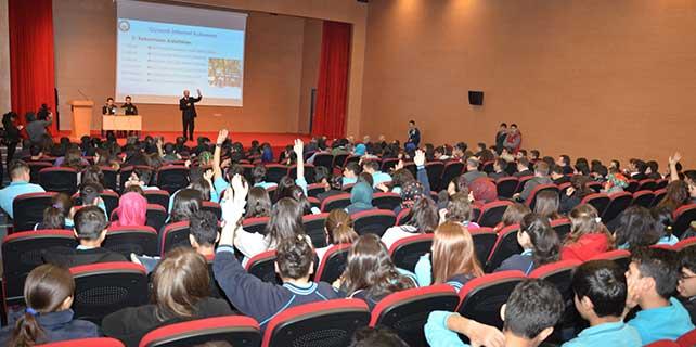 Kazan'da 'Güvenli İnternet' semineri