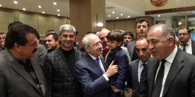 Kılıçdaroğlu, araçta kilitli kaldı