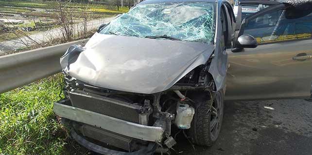 Sakarya'da 2 futbolcu trafik kazasında yaralandı