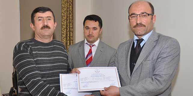 Sarıoğlan ilçesinde kursiyerlere sertifika