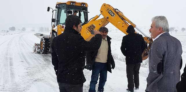 Sulakyurt'ta karla mücadele çalışması