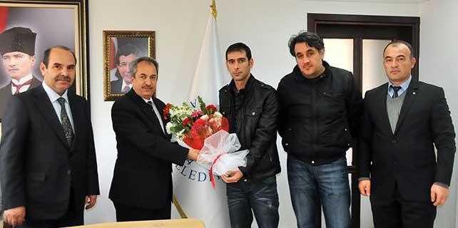 Tarık Buğra İlkokulu'ndan Başkan Akkaya'ya ziyaret