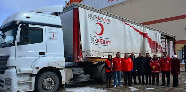 Türk Kızılayı'ndan sığınmacılara yardım