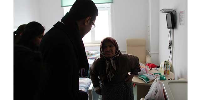 Yalnız yaşayan hasta kadın tedavi altına alındı