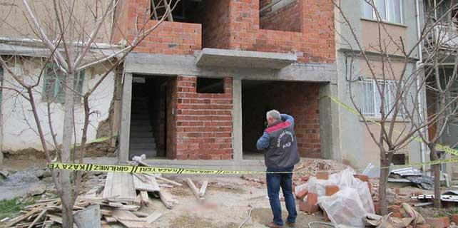 Afyonkarahisar'da inşaattan düşen işçi öldü