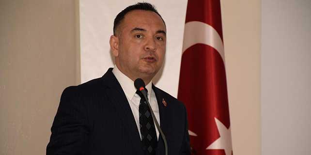 """Arnavutluk'ta """"Çanakkale Zaferi"""" konferansı"""