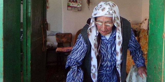 Babası, Yaşar Kemal doğduğunda 7 kurban kestirmiş